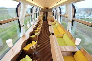 日本透明火車
